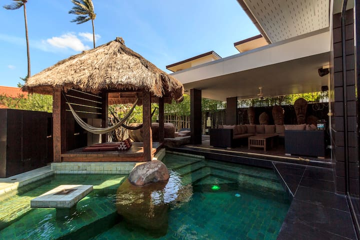Modern Seaview Pool Villa
