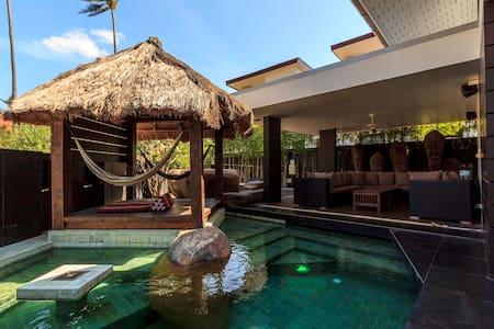 Modern Seaview Pool Villa