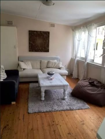 Room with bed only available in Manly - Manly - Apartment