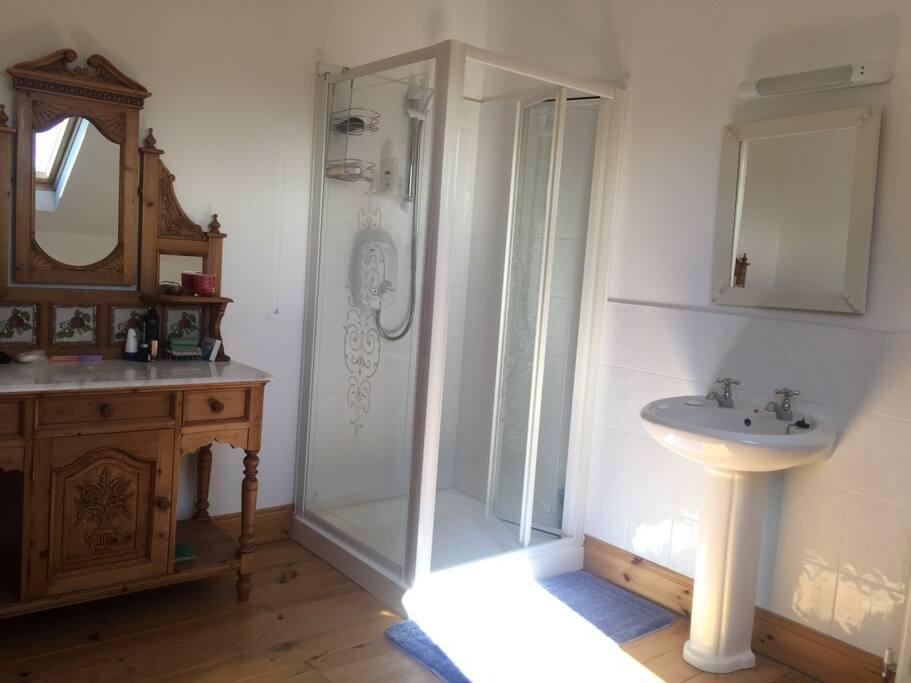 Master bedroom; Ensuite shower room