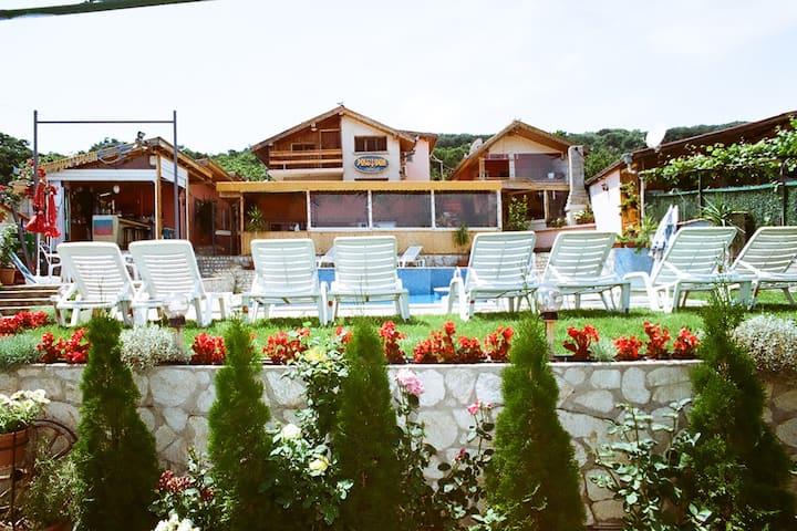 Family Hotel Poseidon-Double Room-No102