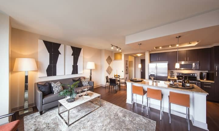 Live + Work + Stay + Easy   1BR in McLean