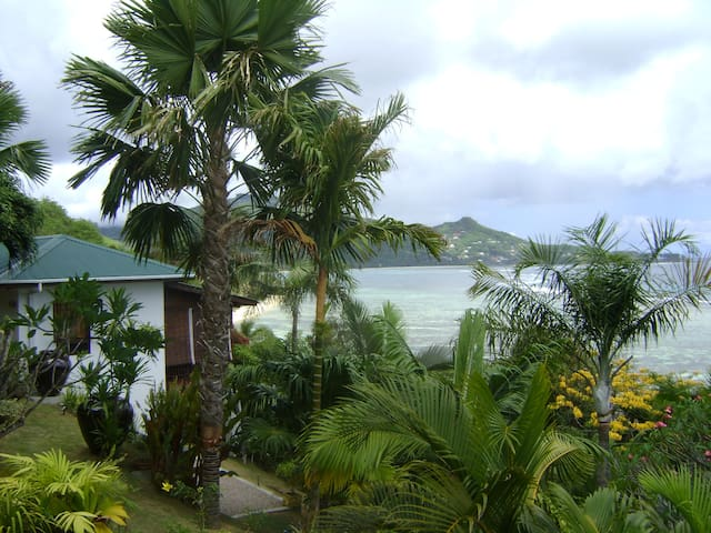 Villa Lemon Self Catering / Chalets Bougainville