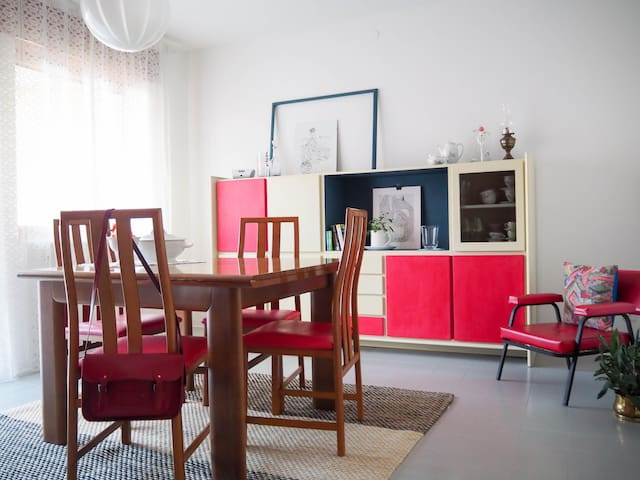 Stylish and bright apartment with private terrace - Arsiero - Appartamento