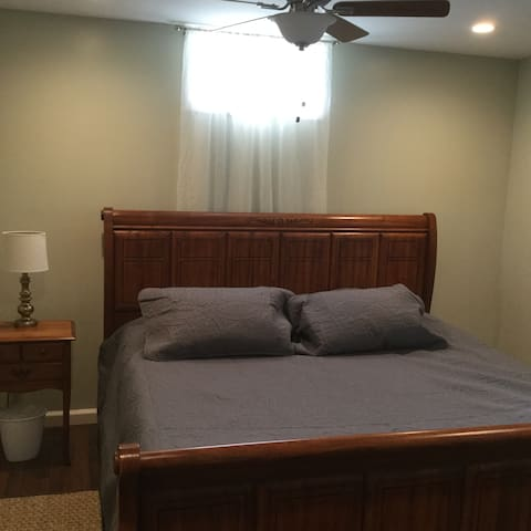 airy and bright with ceiling fan