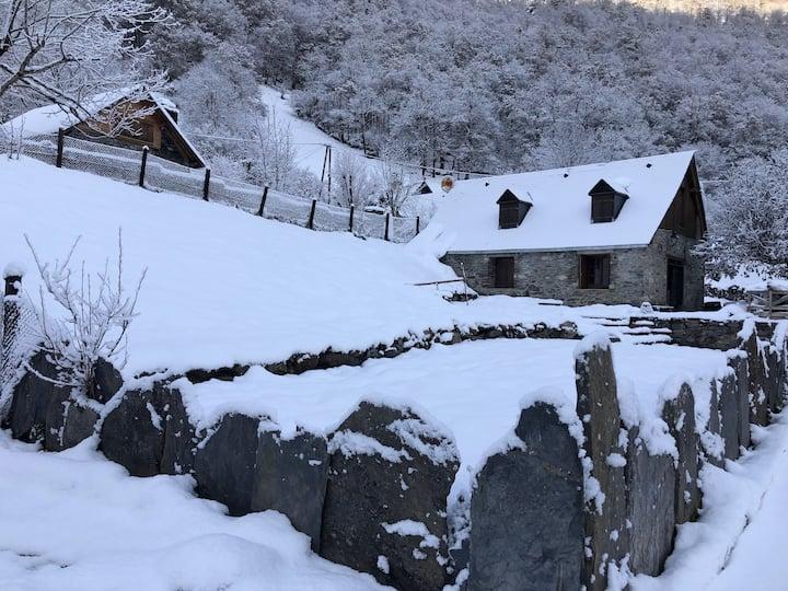 Luchon-Superbagnères: jolie bergerie rénovée