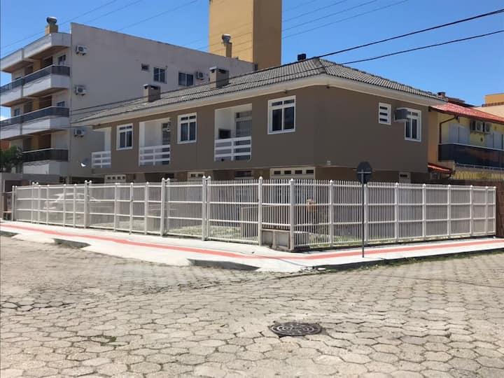Apto. 2 dorm - Canasvieiras - Florianópolis/SC