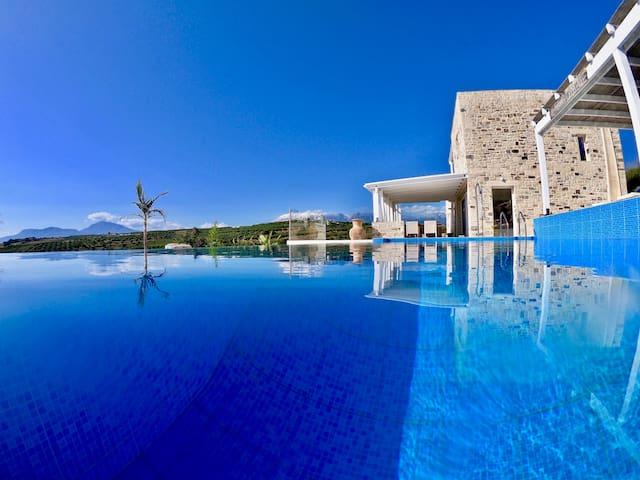 Villa Inia Crete