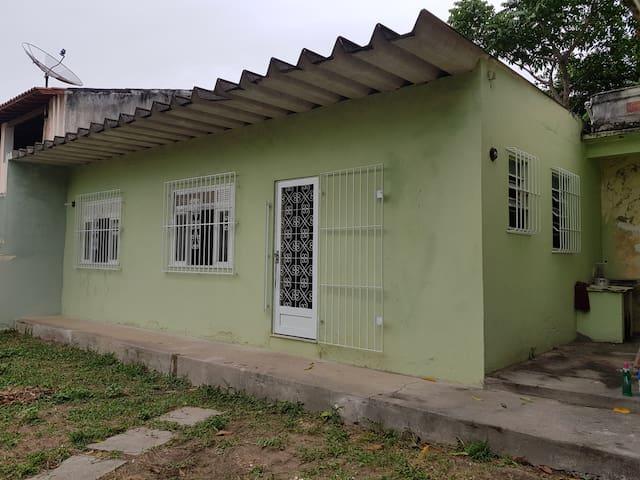 Casa simples em Araruama