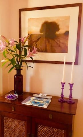 Hall entry table for instruction notes and extra key.  Please sign the Guest Book when you check out.