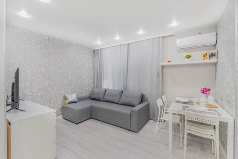 Сдается 1 комнатная квартира с отдельным входом