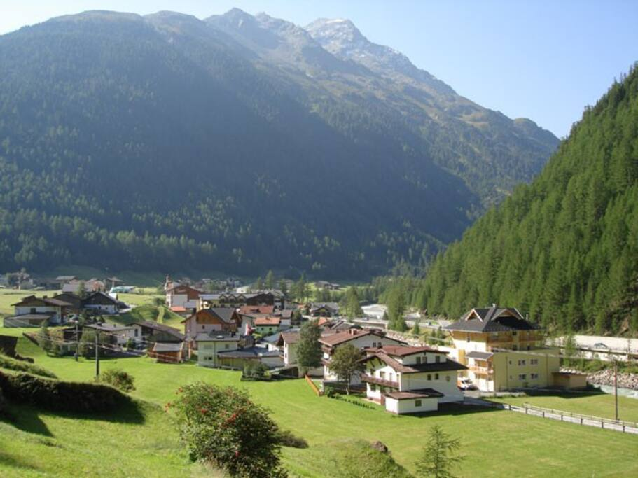 Zwieselstein (house on far right)