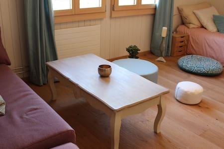 Double Bed Room near Lucerne - Alpnach - Bed & Breakfast - 1