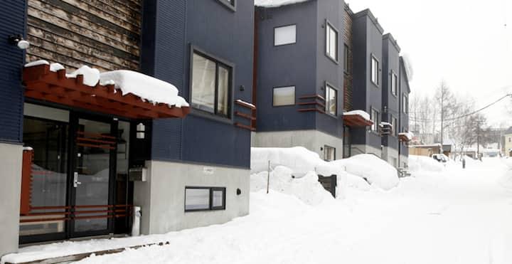 Shinsetsu #4 2 bedroom 2 Bathroom, Hirafu