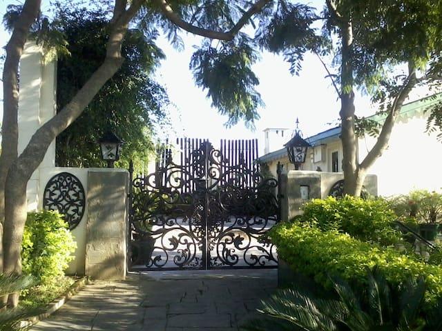 Hill Grove House - Kasauli - Vila