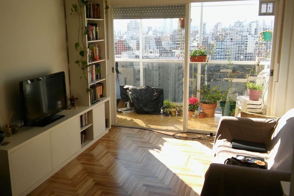 Amplio living comedor / Big Living Room