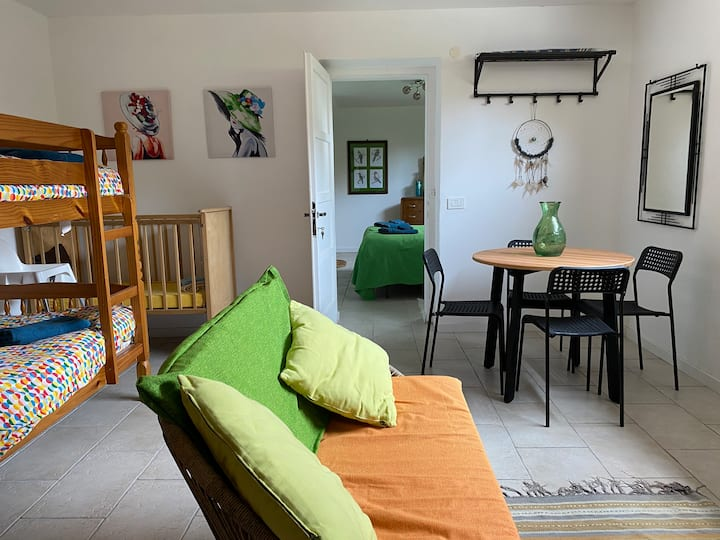 Piccolo Paradiso. A delightful apartment with pool