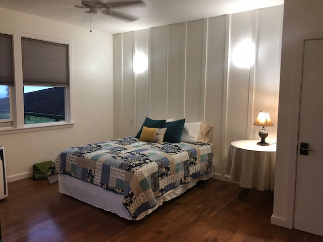 Holomakai North shore ocean view B and B room 3 I