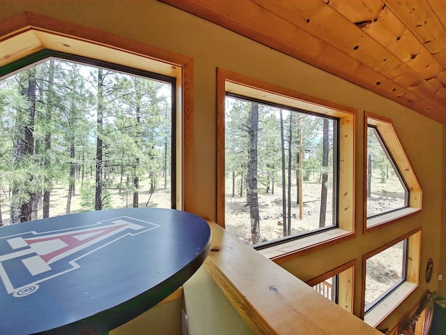Chic's Coop - Pinetop Family Getaway w/Pool Table