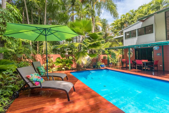 Unique, Private, Secluded, Tropical Delight. - Nightcliff - House