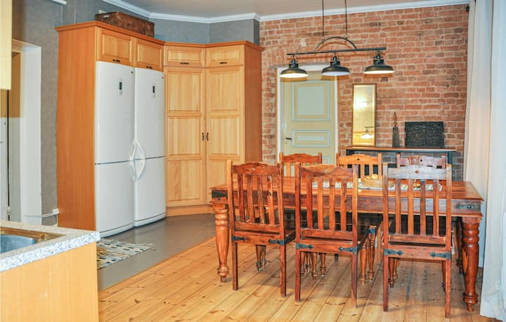 Beautiful home in Värmlands Nysäter with Sauna and 5 Bedrooms