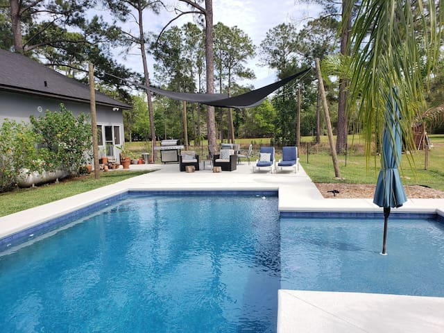 Ocala Forest House 4 bd Private Pool on 5 acres