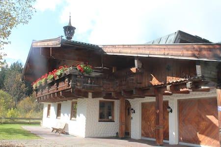 Jagdhaus Neukirchen am Grossvenediger - Neukirchen am Großvenediger - Alpehytte