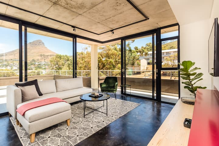 2 Bed Aprt in Bo-Kaap with Table Mountain Views