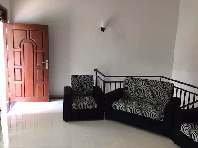 Riyon Villa & Apartment