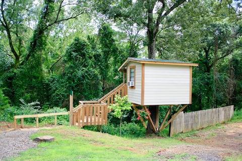 Mountain Eight ~ Serenity Treehouse