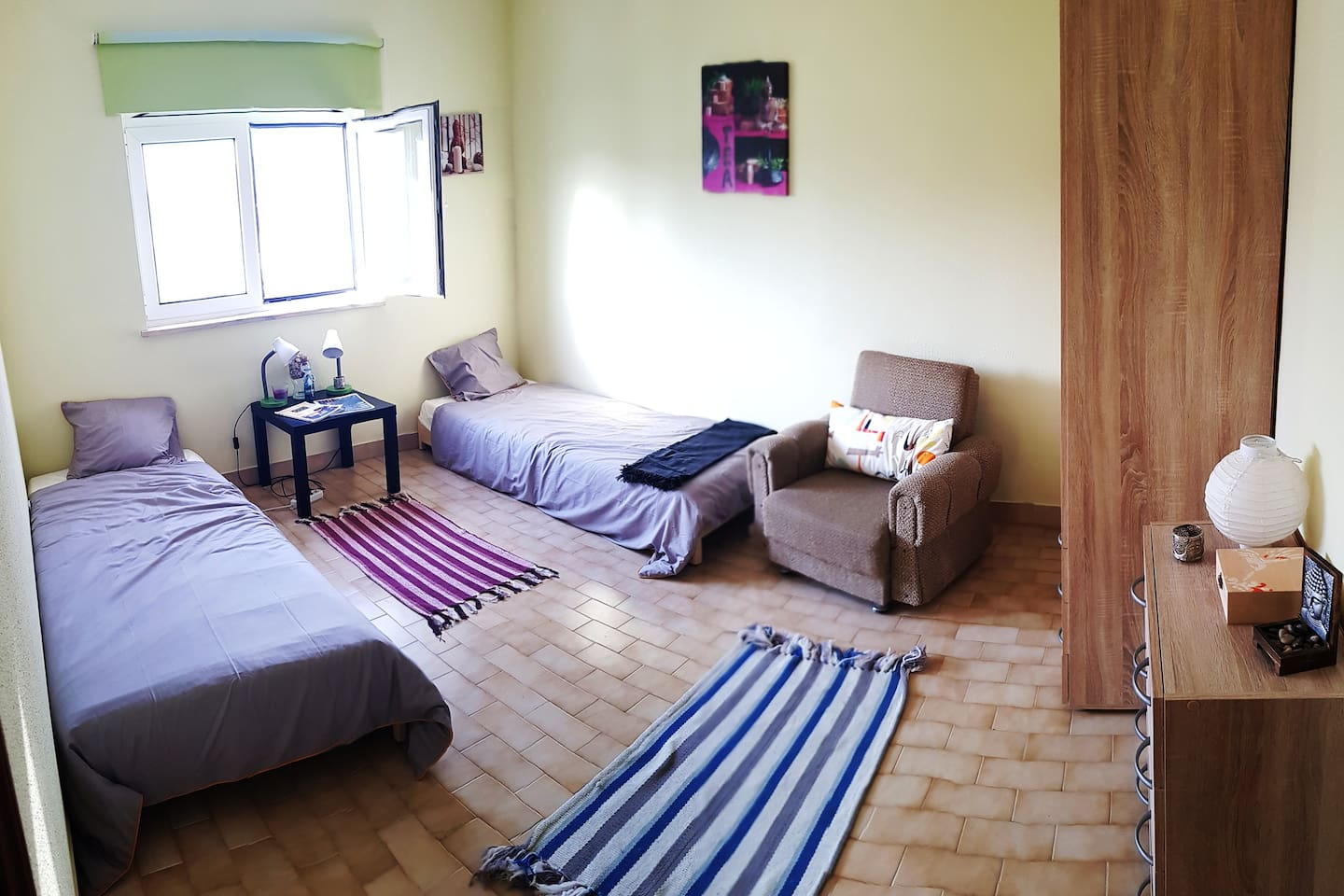 This is the bedroom which offers space for up to two persons and is part of a 5 bedroom house. WiFi signal is available in the room.