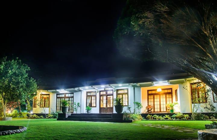 Man Mountain Villa