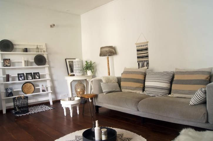 Stylish and Modern House nearby the beach & A'dam