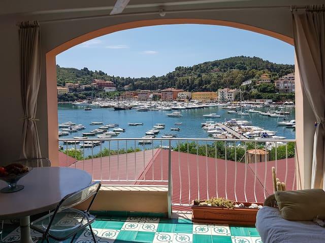 Terrazza romantica sul porticciolo - Porto Ercole - Apartamento
