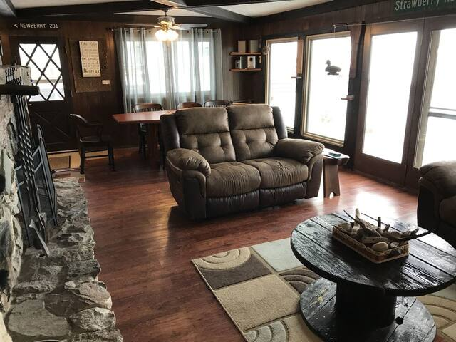 oak mi tripadvisor houghton michigan prices cottages resort hotel lake updated reviews review for cottage american rent