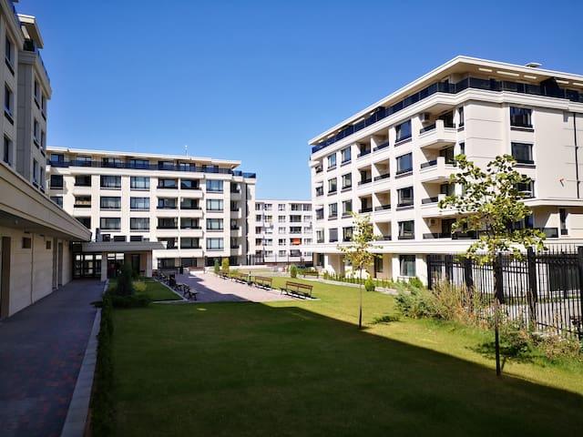 Apartment & Free Garage Mladost 2