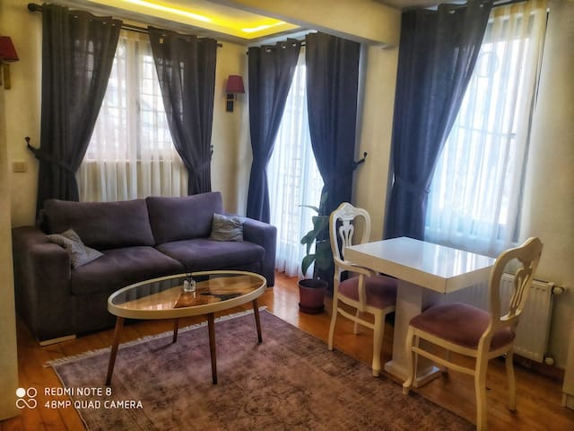 Taksim apartment-safe and comfortable