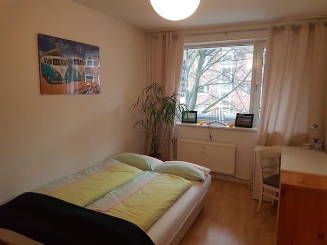 Zimmer im schönen Barmbek-Süd