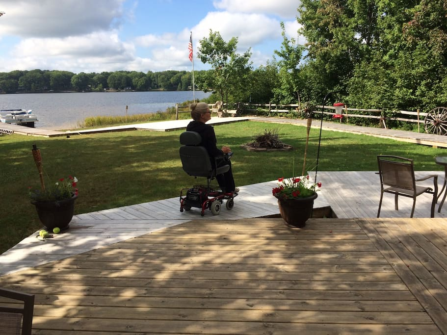 Accessible decks and walkway to the lake