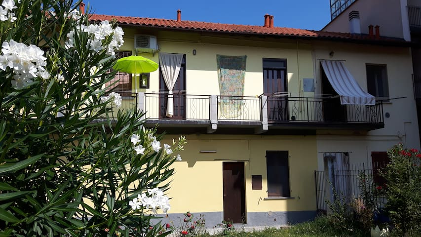 Airbnb Lacchiarella Vacation Rentals Places To Stay