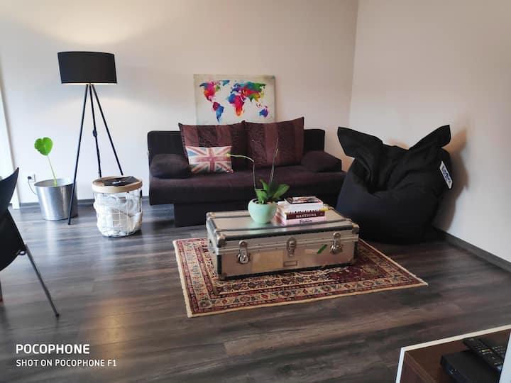 Cozy Airport & Fair Suite