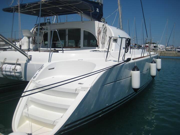 ~Catamaran~Lagoon-380~MONTENEGRO~Croatia~