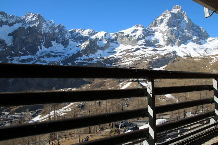 Soleggiato e Panoramico nel paradiso dello sci - Breuil-Cervinia - Andelsboende