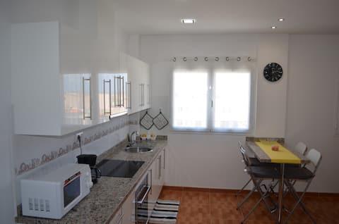Appartement WIFI agréable et confortable et STATIONNEMENT