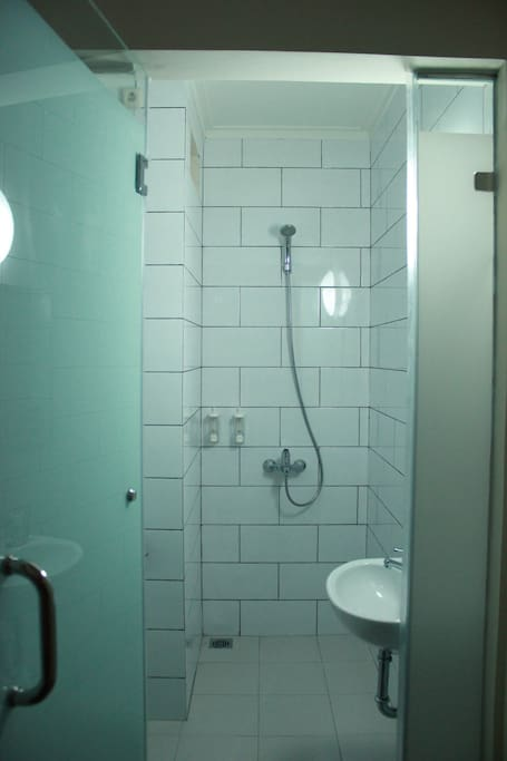 The Mezannie has an ensuite bathroom complete with shower and hot water.