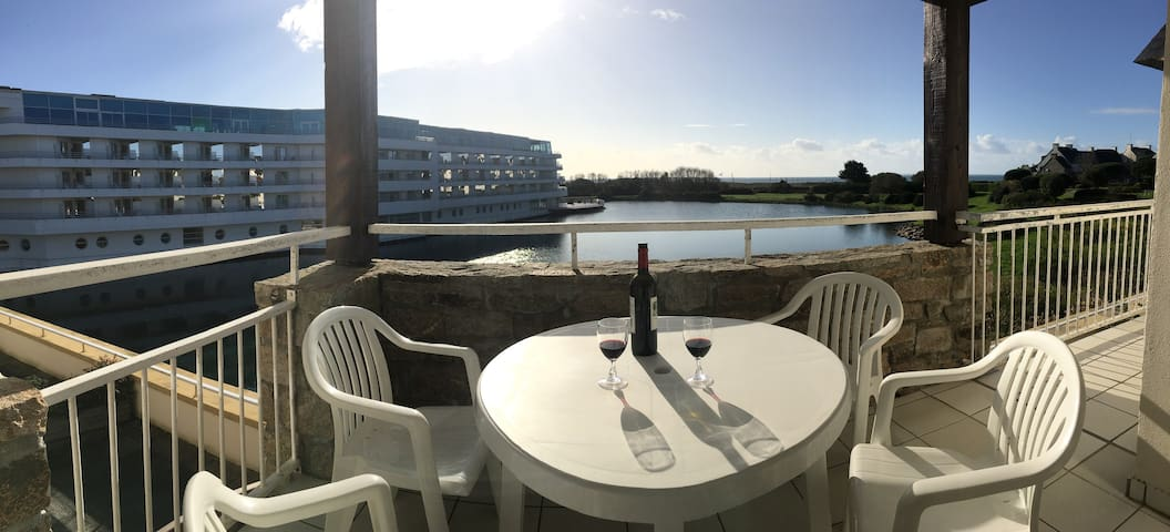 Arzon - Appt coté sud vue mer + accès piscine