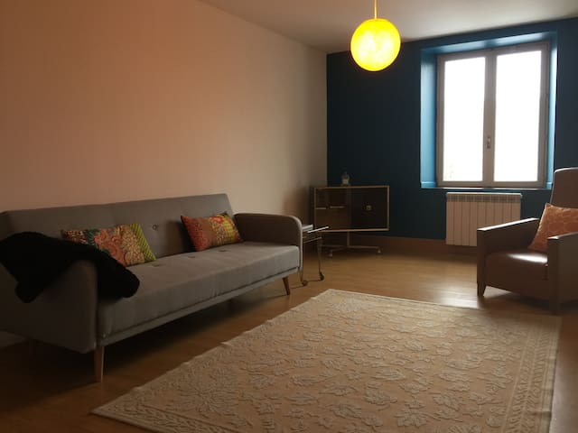 Appartement indépendant 70m2  Frouard 15mn Nancy - Frouard - アパート