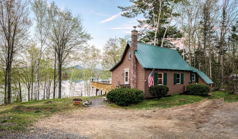 Lakefront/Tumbledown MAGIC @ Serendipity Cottage