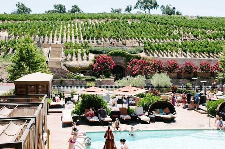 GREAT CONDO IN NAPA-4-STAR RESORT