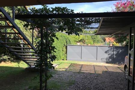 Departamento con jardín en Villa General Belgrano